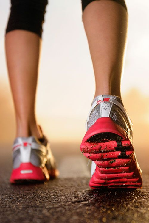10 Reasons to walk 10,000 steps a day